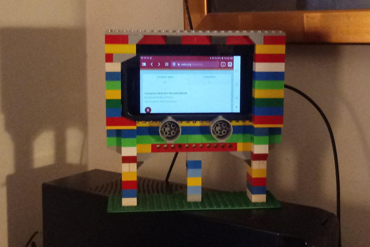LEGO Phone Cradle, Mk. II